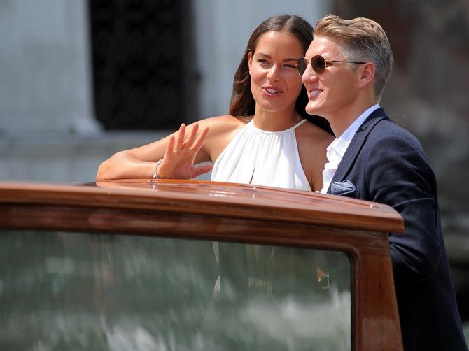Ana i Bastijan danas slave godišnjicu braka: Otišli su tamo gde su se i zakleli na VEČNU LJUBAV!
