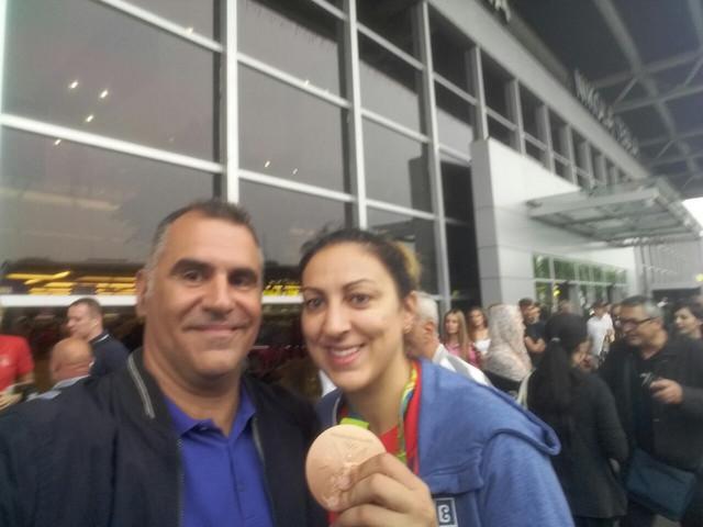 "Novinar ""Blica"" Vladan Tegeltija i Jelena Milovanović, kapiten košarkašica Srbije"