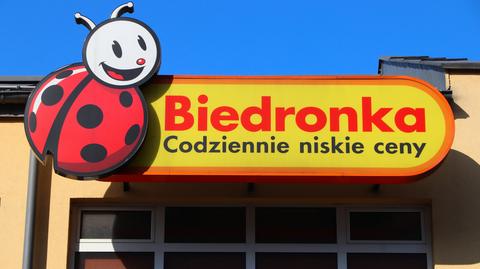 W czerwcu tego roku UOKiK przeprowadził kontrolę w spółce Jeronimo Martins Polska (JMP), która jest właścicielem sieci dyskontów Biedronka. Urząd uznał, że firma nieuczciwie wykorzystywała przewagę kontraktową. Grozi za to kara w wysokości do 3 proc. rocznego obrotu przedsiębiorcy.