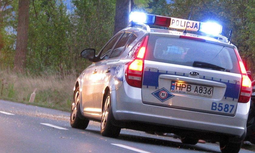 Pseudokibice zaatakowali autokar koło Starogardu Gdańskiego
