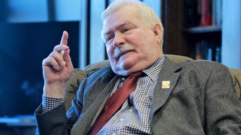 Prezydent Wałęsa znany jest z tego, że niekiedy wrzuca na Facebooka ostre i prześmiewcze treści