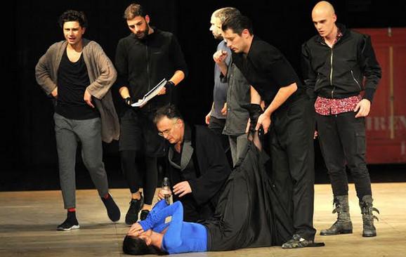 Sloboda Mićalović tokom predstave