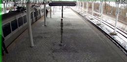 Posadził dziecko w pociągu i wyszedł zapalić. Wstrząsające nagranie...