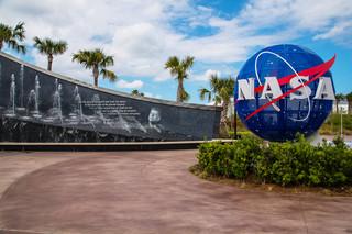 NASA przedstawi listę załóg pierwszych lotów statków komercyjnych