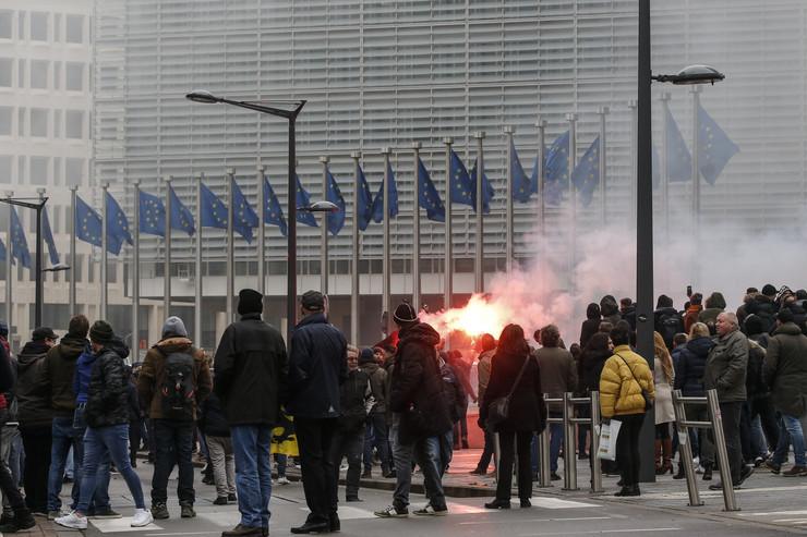Brisel, protest, EPA - JULIEN WARNAND