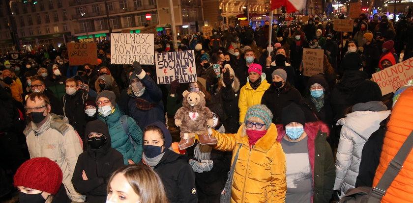 Protesty podczas pandemii. PSL: winny jest Kaczyński
