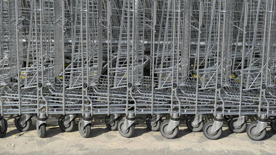 W Płocku zatrzymano 35-latka, który wywołał fałszywy alarm bombowy w hipermarkecie
