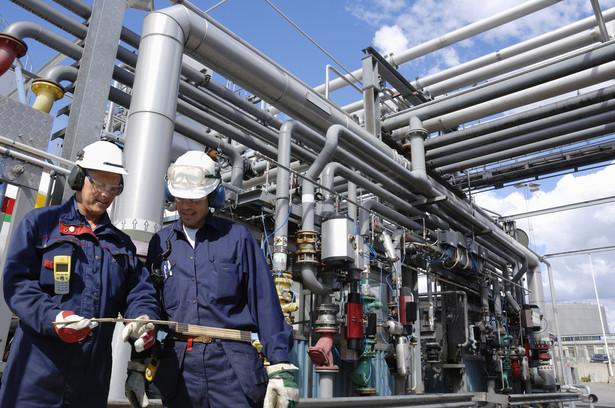 Dzisiaj ze Wschodu sprowadzamy ponad 9 mld m sześc. gazu ziemnego rocznie, za co płacimy ok. 15 mld zł