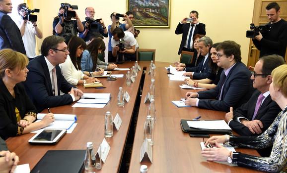 Vučić sa delegacijom PSSE