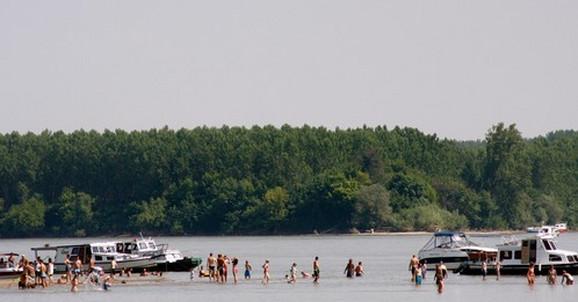 Voda kod Bele Stene na Dunavu je pogodna za kupače