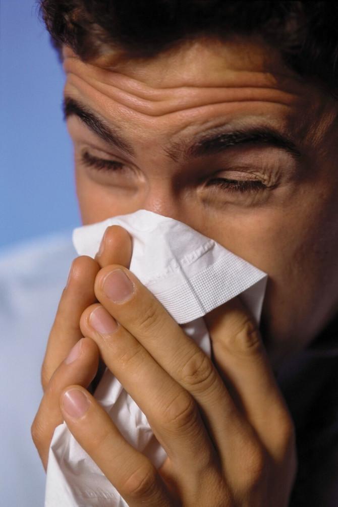 Korona i grip imaju veoma slične simtpome, ali se kliničke slike kod ovih bolesti veoma razlikuju