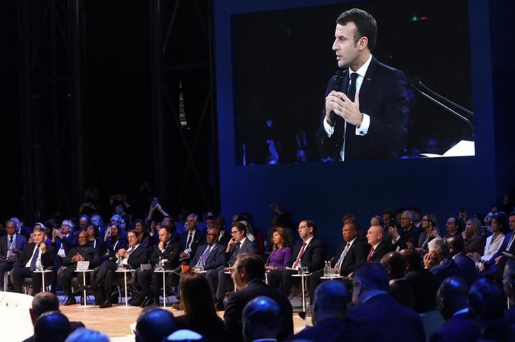 Makron-Komsic-Foto-France-diplomatie-Twitter