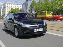 Opel Vectra C - wygodna, tania i całkiem trwała