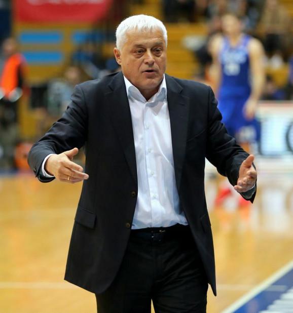 Miroslav Nikolić