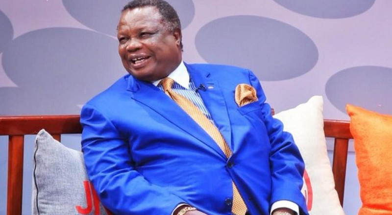 Kenyans react to viral video of Atwoli tossing away phone during live interview