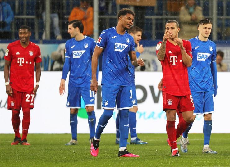 FK Hofenhajm, Bajern Minhen