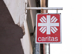 Caritas ze skazą. Za kulisami wielkiej instytucji charytatywnej