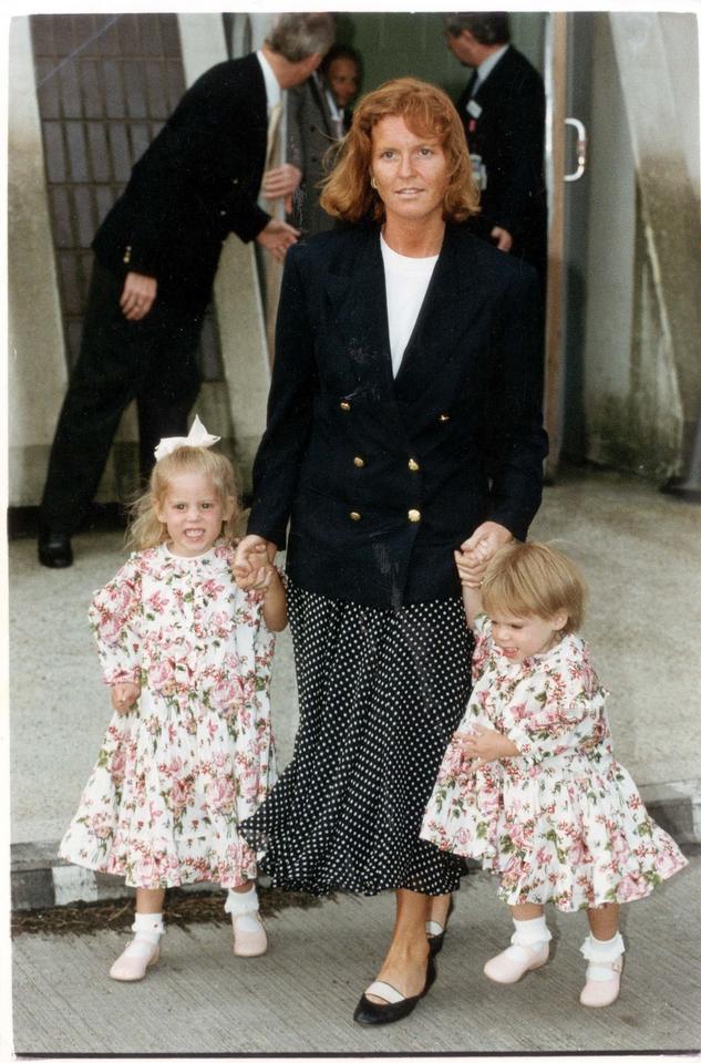 Od małej dziewczynki do damy - tak zmieniała się księżniczka Eugenia!