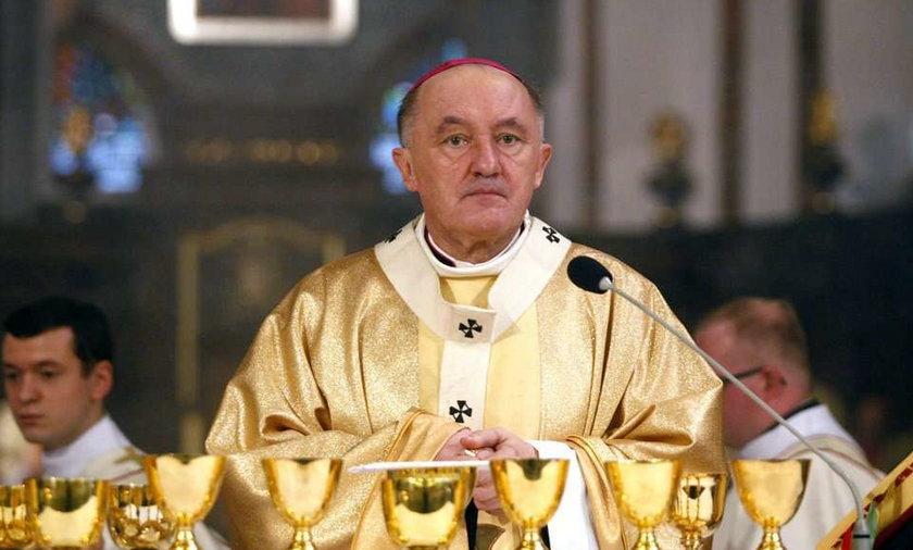 Kardynał Nycz nie słucha Radia Maryja