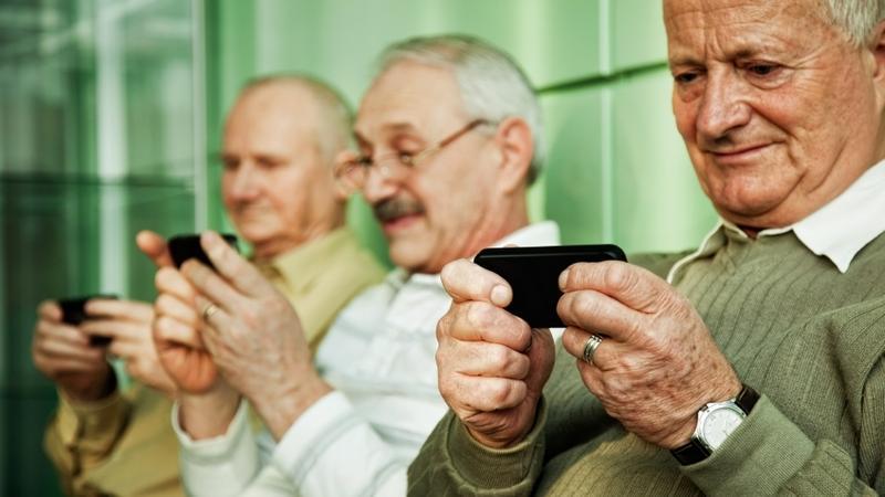 smartfony dla seniorow