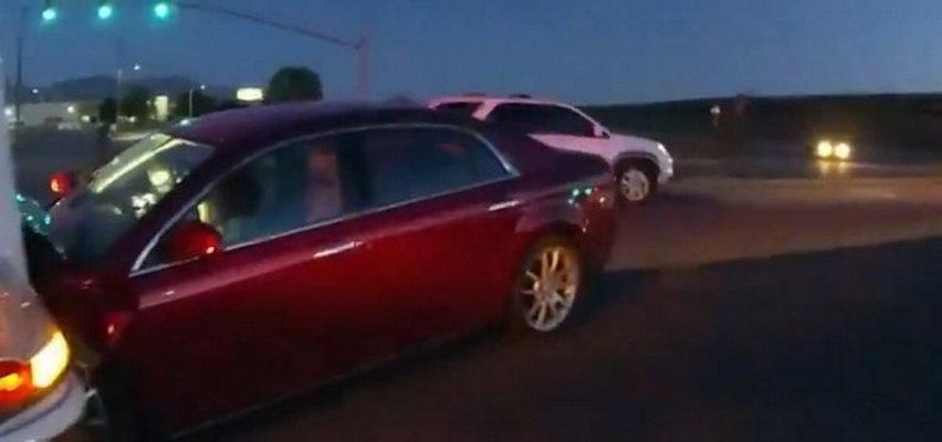 9-latka prowadziła samochód przez 16 km. Była też pasażerka! Nie uwierzycie