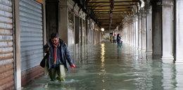 """Rekordowy przypływ w Wenecji. """"Potrzebujemy pomocy"""""""