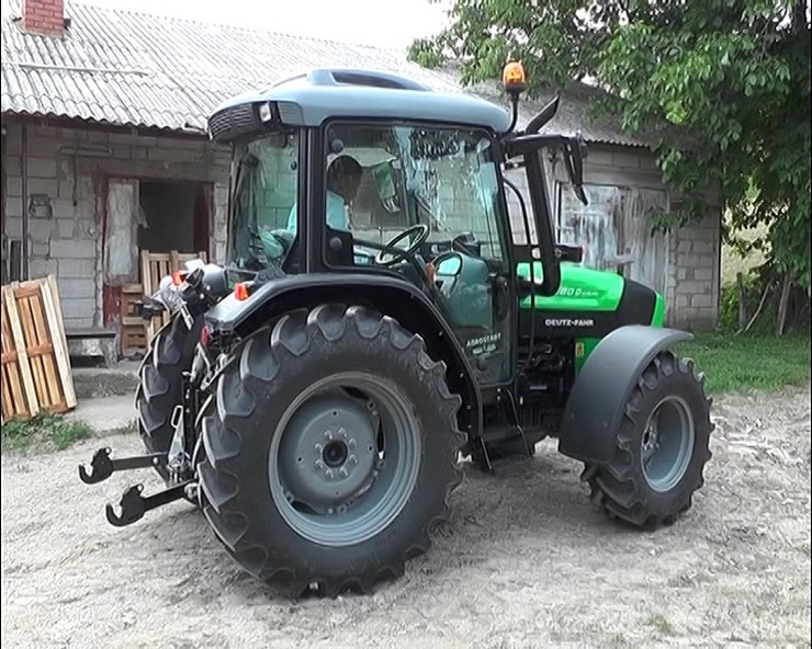 prvi-ipard-traktor