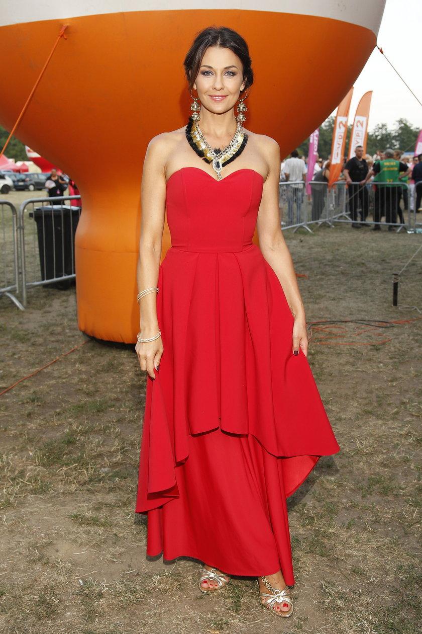 Ania Popek ma swój charakterystyczny bardzo kobiecy styl