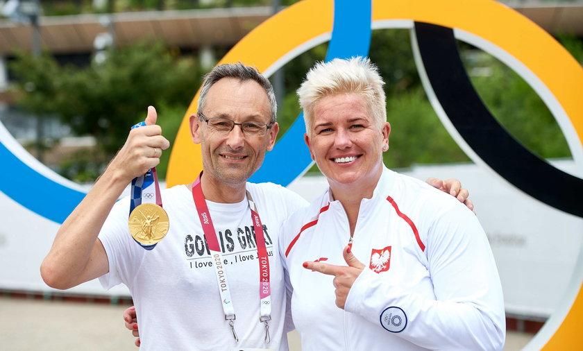 Anita Włodarczyk odebrała złoty medal. Fakt świętował sukces z naszą mistrzynią!