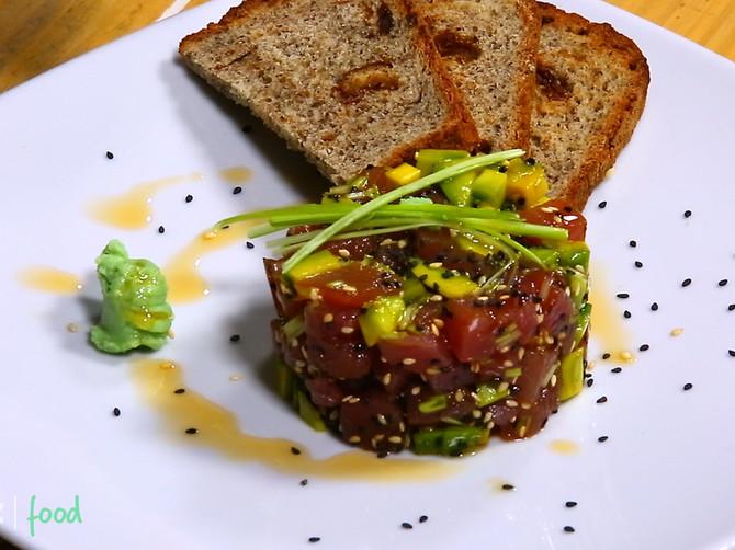 Tatar od tunjevine i avokada: Obradujte svoje voljene ovim AROMATIČNIM zalogajima! Brzo se sprema, a ukus ODUŠEVLJAVA!