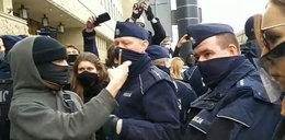 Polskie miasto odcięło środki dla policji. Przez brutalność na strajkach