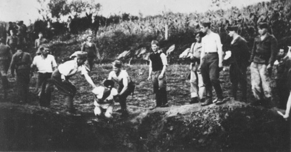 Deca u logoru Jasenovac