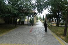 177382_vojaradac2-aradac-behaton-pred-evangelistickom-kapelom
