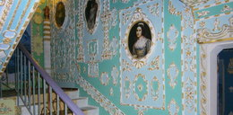 Ze starej klatki schodowej zrobił pałac