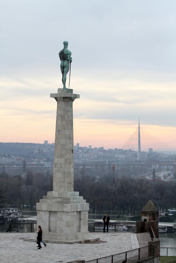 Spomenik Pobedniku