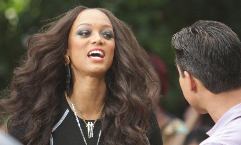 Tyra Banks fryzura.