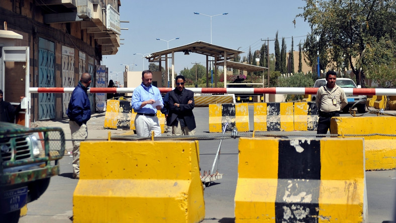 Zamach samobójczy w Sanie