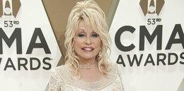 Dolly Parton znów została króliczkiem Playboya. Odtworzyła okładkę magazynu sprzed 40 lat!