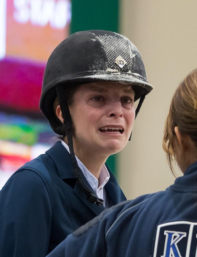 Suze zbog gubitka konja