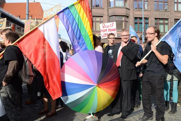 Środowiska homoseksualne podczas marszu równości we Wrocławiu w 2012 roku