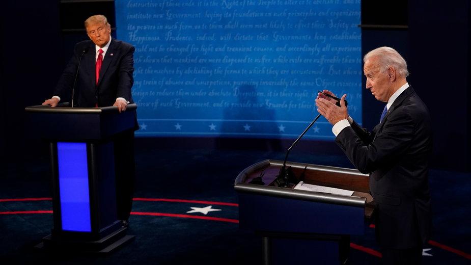 Joe Biden i Donald Trump podczas ostatniej debaty prezydenckiej