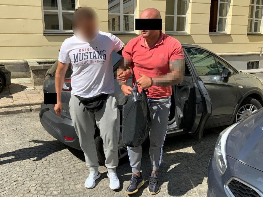 Olsztyn: Handlarz narkotyków zatrzymany. Swój towar wysyłał kurierem
