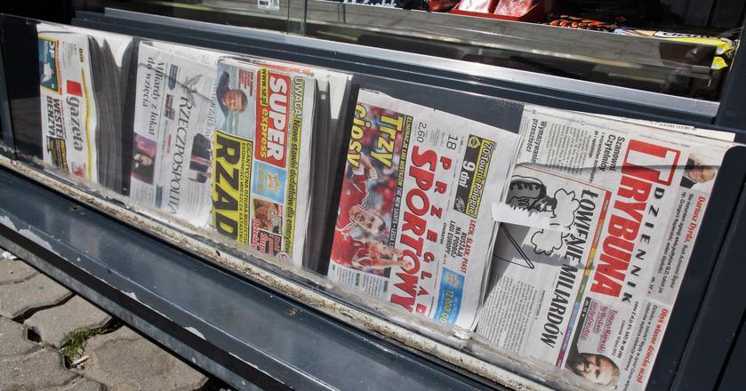 Sprzedaż papierowych gazet spada od dłuższego czasu