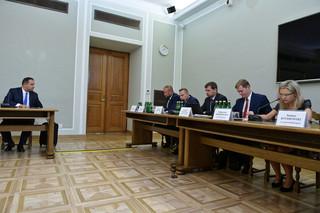 Rozpoczęło się posiedzenie komisji śledczej ds. Amber Gold, która ma przesłuchać Tomasza Arabskiego