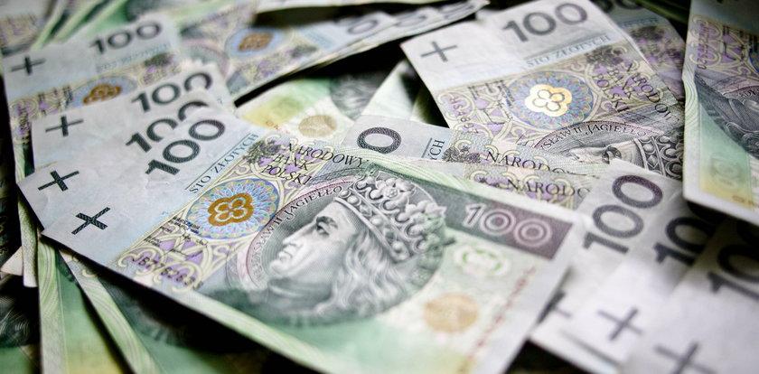 Dlaczego i jak bardzo osłabi się polska złotówka? Odpowiada ekspert