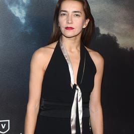 Stylowa Kamilla Baar na premierze filmu