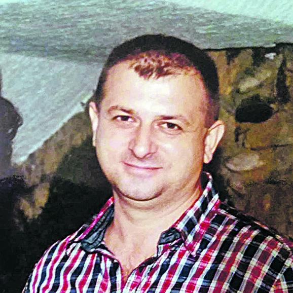 Osumnjičeni Dražen Letić iz Sremske Mitrovice uhapšen je sredinom jula ove godine i nalazi se u pritvoru u Beogradu.