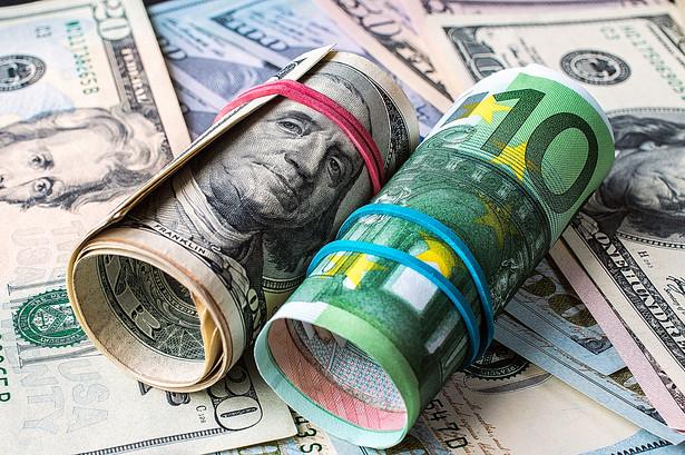 euro dolar pieniądze