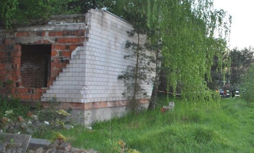 Katastrofa budowlana w Kurowicach pod Łodzią.