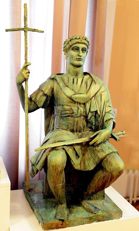 249964_nis-02-idejno-resenje-spomenika-caru-konstantinu-k-kamenov